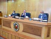 جامعة سوهاج تستعرض دورها فى تنفيذ المبادرة الرئاسية حياة كريمة