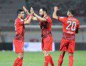 الجزيرة يقتنص صدارة الدوري الإماراتي بثلاثية أمام الشارقة.. فيديو