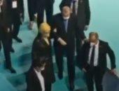 نائب تركى يكشف تدهور حالة أردوغان الصحية وإعلام الديكتاتور يتكتم.. الإعلام الرسمى بأنقرة يحتفى بعيد ميلاده فى محاولة لتشتيت الانتباه.. والإعلام المعارض ينشر لقطات له يتكئ على زوجته.. فيديو