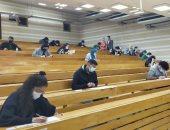 وزير التعليم العالى من جامعة عين شمس: إحنا فى تحدى صعب وحريصون على صحة الطلاب