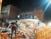 انهيار منزل بمركز الفتح واستخراج 4 أشخاص من اسفل الانقاض بأسيوط
