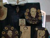 """""""محمد"""" الطالب بجامعة المنوفية يعبر عن موهبته الفنية بالنحت والرسم على الخشب"""