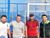 """أحمد حسن لـ حازم إمام ومتعب بصورة بعد مباراة تنس: """"ننزل الفيديوهات؟"""""""
