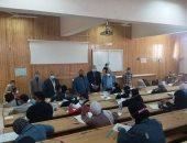 رئيس جامعة أسوان يواصل متابعة امتحانات الفصل الدراسى الأول