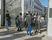 دخول طلاب 2 ثانوى بـ 12 محافظة لجان الامتحان وسط إجراءات احترازية.. صور