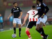 المحمدي يقود أستون فيلا ضد وست بروميتش في الدوري الإنجليزي
