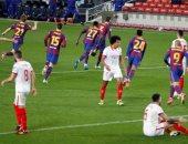 برشلونة يتأهل لنهائى كأس إسبانيا بفوز درامى على إشبيلية.. فيديو