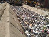 القمامة تشوه ترعة سقارة بعد تبطينها..والرى تزيلها وتناشد الأهالى الحفاظ عليها