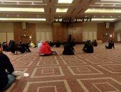 """شاهد أداء لاعبو الزمالك لصلاة الجمعة في فندق الإقامة بتونس """"صور"""""""