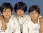 ولى عهد دبى ينشر صورا له مع شقيقيه وأصدقاء المدرسة.. ويعلق: الأيام الخوالى