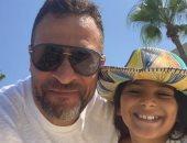 """ماجد المصري عن إصابة ابنته """"داليدا"""" فى يدها: """"ألف سلامة عليكى يا نور عينى"""""""