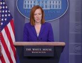 """بعد ظهوره مع بايدن.. """"أرنب الفصح"""" ينضم لمؤتمر البيت الأبيض ويوزع الشيكولاتة"""