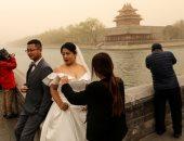 كل حاجة وعكسها.. الصين من الجليد لأسوأ عاصفة رملية تلغى 400 رحلة جوية..ألبوم صور