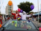 ألوان مبهجة وأغانى شعبية.. كرنفال أجواء تمثيلية واستعراض بالأزياء التنكرية للأطفال في قبرص
