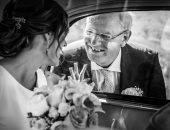 """100 صورة عالمية.. """"الأب"""" فرح وقلق فى وداع الابنة المتزوجة"""