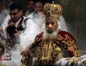 """في الذكرى التاسعة لرحيله.. رحلة البابا شنودة الثالث من الحياة بالمغارة لإقامة """"موائد رحمن"""""""