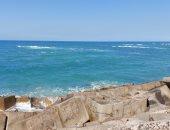 طقس ربيعى على شواطئ الإسكندرية قبل ساعات من الموجة الحارة.. فيديو وصور