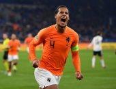 فان دايك ينفى قيادة حملة ضد عودة فان جال لتدريب منتخب هولندا