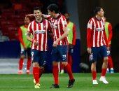 برشلونة ضد أتلتيكو مدريد.. سواريز وفيليكس يتصدران قائمة الروخى بلانكوس