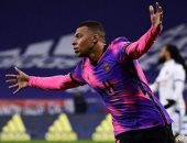 تقارير: مبابى يرتدى مع ريال مدريد القميص رقم 5 أو 19