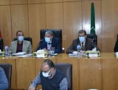 محافظ المنيا يوجه بتوفير منافذ بيع ومعارض للسلع الغذائية بمناسبة شهر رمضان