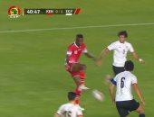 منتخب مصر يواصل الصمود ويتقدم 1 / 0 أمام كينيا بعد 60 دقيقة
