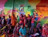 الفرحة بالألوان.. فعاليات كرنفال استقبال الربيع فى الهند