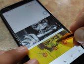 أحمد يحول تذاكر المترو للوحات فنية بالأقلام الجاف والألوان.. صور