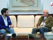 نجيب ساويرس لتليفزيون اليوم السابع: بفطر فول وطعمية وبصحى 7 الصبح.. فيديو