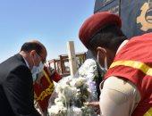 أسوان تحتفل بيوم الشهيد.. المحافظ يضع أكاليل الزهور على النصب التذكارى وتكريم أسر الشهداء