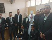 """8 طلاب بهندسة المنصورة يفوزون بالمركز الأول ببطولة مصر المفتوحة للروبوت.. أعضاء الفريق: يحد من عدوى كوفيد 19 ويتعرف على نسبة السكر دون وغز.. وإصابات الأطباء بـ""""كورونا"""" دفعتنا للتفكير فى تصنيعه"""