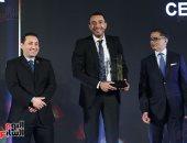 تكريم المهندس أحمد العدوى الرئيس التنفيذي لشركة إنرشيا للتنمية العقارية باحتفالية bt100