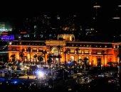 ميدان التحرير يتزين قبل ساعات من انطلاق موكب نقل المومياوات الملكية.. ألبوم صور