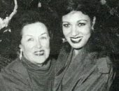 صورة نادرة لـ فيفى عبده مع ليلى مراد