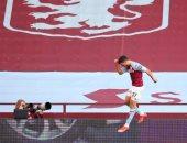 الأرقام تمنح محمود تريزيجيه أفضل لاعب فى مباراة أستون فيلا ضد فولهام
