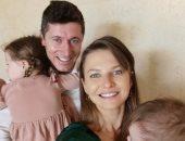 إنستجرام نجوم الكرة.. بيكهام وليفاندوفسكي يحتفلان مع العائلة بعيد الفصح