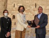 وزير السياحة ومدير اليونسكو ومحافظ الإسكندرية يزورون الأماكن الأثرية بالمحافظة