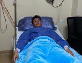 أسامة جلال من داخل المستشفى بعد إصابته فى مباراة الرجاء: الحمد لله