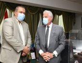 محافظ جنوب سيناء يناقش معدلات تنفيذ مشروع التجلى الأعظم