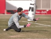 مسحة جديدة لمحمد الشناوى خلال ساعات للتأكد من إصابته بكورونا