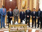 مجلس الشيوخ يستقبل وفد من دولة جنوب السودان.. صور