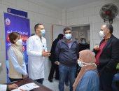 نائب محافظ الإسكندرية توجه الشكر للأطقم الطبية بمراكز تلقي لقاح كورونا