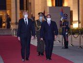 الرئيس السيسي يودع ضيفه الكريم الرئيس التونسي قيس سعيد بمطار القاهرة