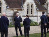 الأميران أندرو وإدوارد يحضران قداس في الكنيسة الملكية بقلعة وندسور.. فيديو