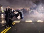 مظاهرات فى مينيابوليس لليوم الثانى واشتباكات مع الشرطة بعد مقتل شاب أسود