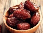 الإفطار على مرتين.. صيدلة حلوان تقدم نصائح لتناول الطعام بطريقة صحية فى رمضان