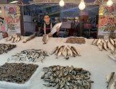 جولة داخل سوق الأسماك ببورسعيد.. اعرف الأسعار فى أول جمعة بشهر رمضان.. فيديو