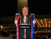 برشلونة يحتفى باللقب الأول لرونالد كومان بعد التتويج بالكأس
