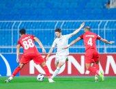 الهلال يعبر شباب الأهلي بثنائية ويتصدر مجموعته في دوري أبطال آسيا