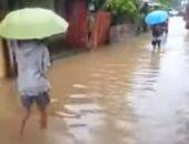 الفلبين تجلى الآلاف من سكان العاصمة مانيلا بعد غرقها بالأمطار الموسمية